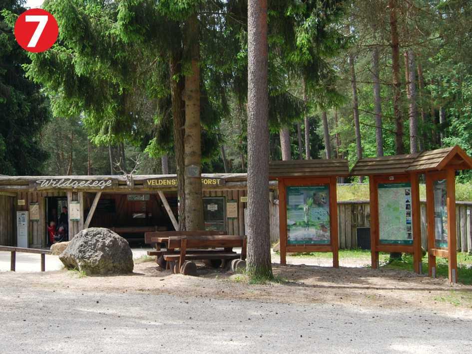 Infopunkt vom Naturpark Fränkische Schweiz - Frankenjura im Veldensteiner Forst