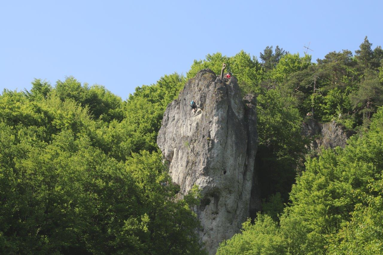 Felsnadeln zum besteigen im Naturpark Fränkische Schweiz - Frankenjura