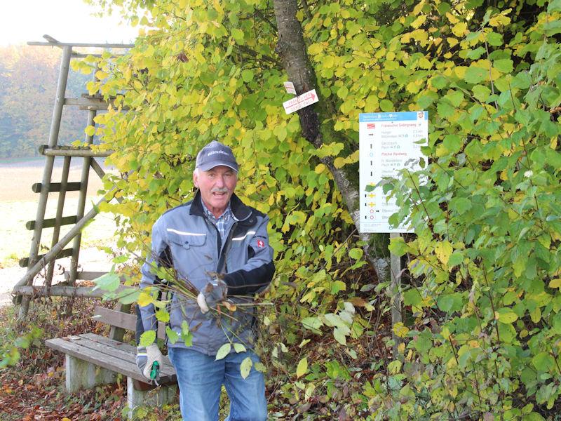 Pflege der Wanderwege im Naturpark